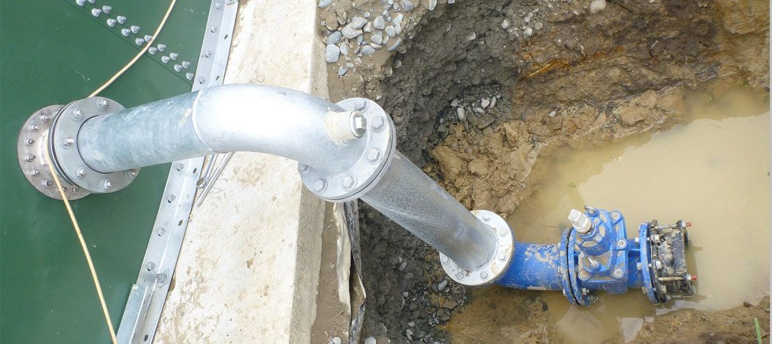 Photo-7-Connecting-Pipework-2
