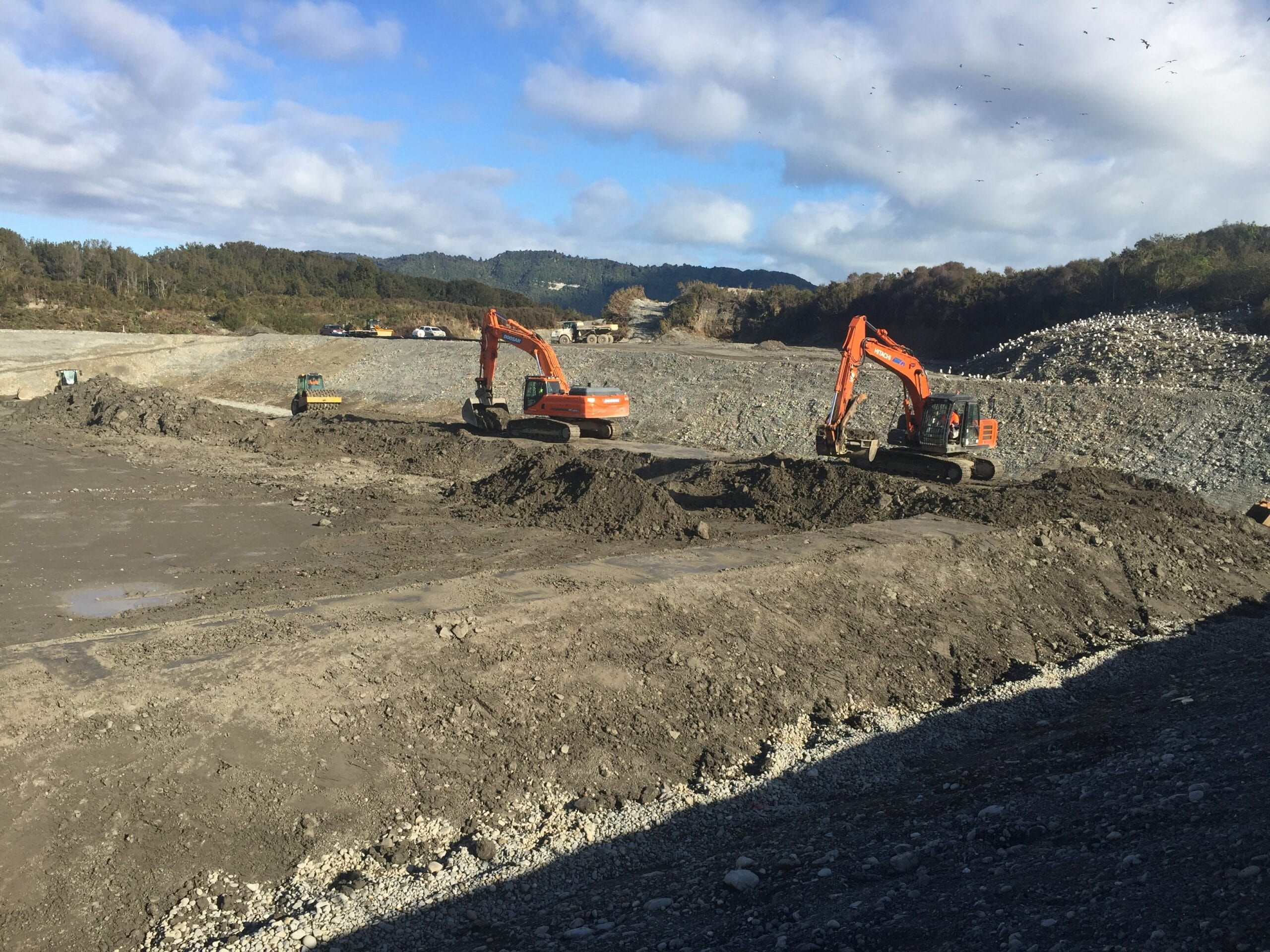 GrantHood_McLeans-Pit-Landfill-3a-11