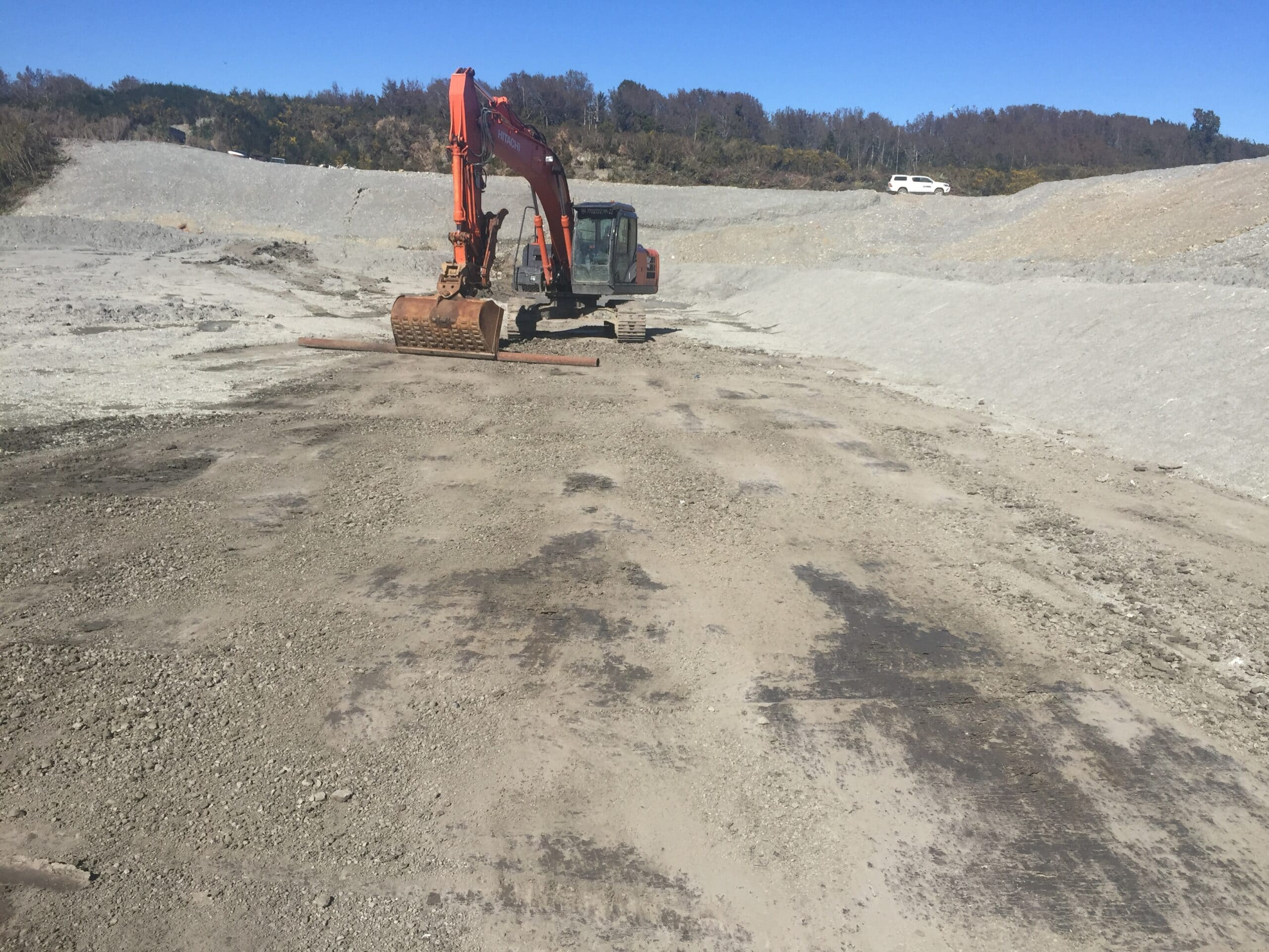 GrantHood_McLeans-Pit-Landfill-3a-4