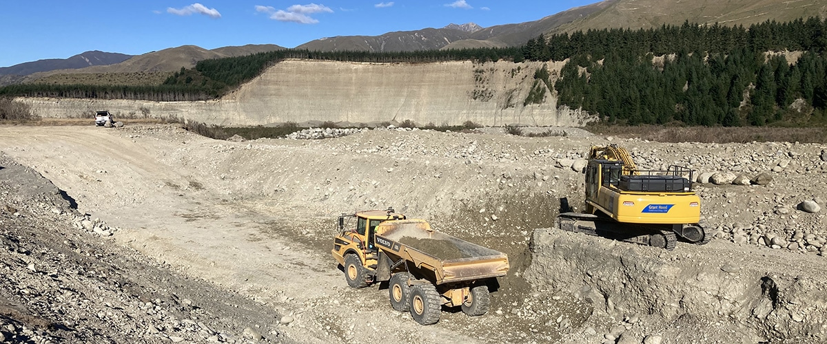 services - earthmoving